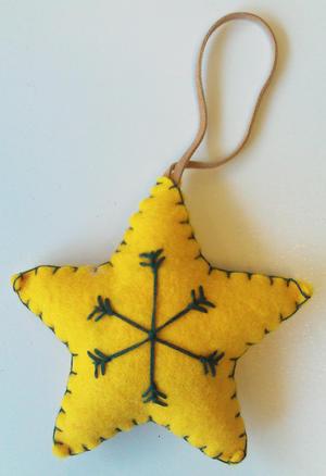 Stjärna gul tovad hängande/10p
